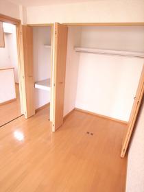 洋室7.2帖の収納スペース☆