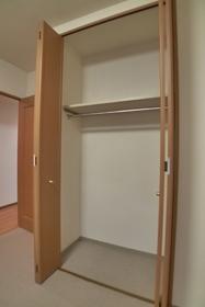 ドルフ 402号室