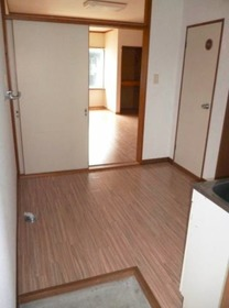 http://image.rentersnet.jp/d00d8dec-a5dc-406c-8a49-74ca4a00fcca_property_picture_3186_large.jpg_cap_玄関