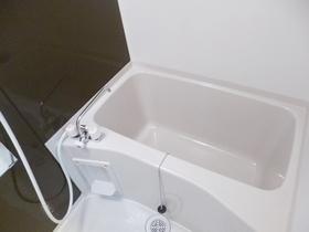 ゆったり出来る浴室です★