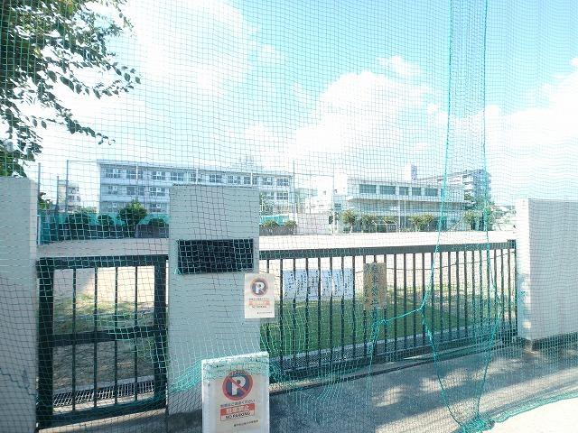 豊中市立第六中学校