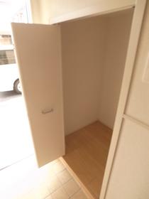 玄関には収納が他に2カ所