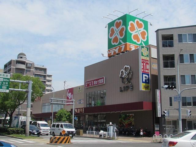 ライフ神戸駅前店