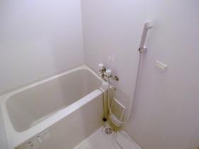 きれいな浴室です。