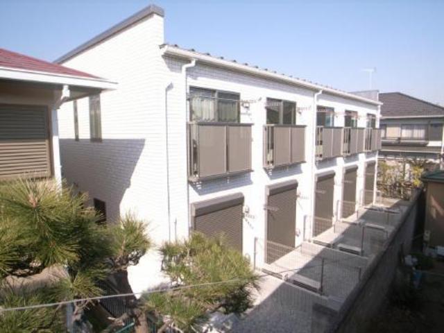 2010年完成の素敵な1Kアパート♪