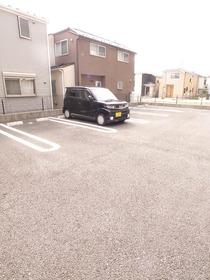 敷地内に駐車場あります☆