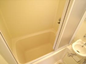 お風呂とトイレ一緒ですが、綺麗ですよ