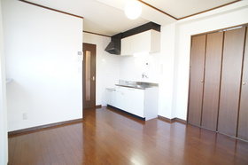 ケリーハウス  301B号室