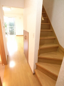 階段があると戸建みたいですね