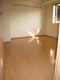 K2ロイヤル 307号室