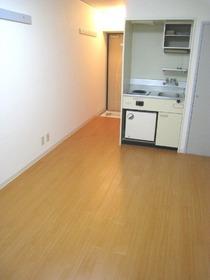 ロイヤル大森 202号室