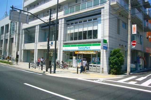 ファミリーマート西淀川御幣島店