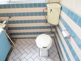 手入れしやすいおトイレです。