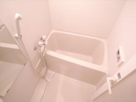 やっぱりお風呂とトイレ別は必須ですよね!