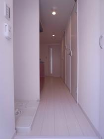 リブリ・エアポート 103号室