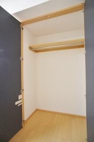 ココ・イチキ 101号室