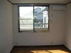 http://image.rentersnet.jp/e5c840abecd91be7865eb8fc03a9a990_property_picture_1991_large.jpg_cap_エアコン備え付け