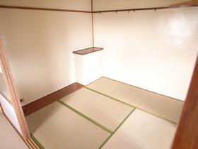 和室のお部屋は落ち着きますよ~☆