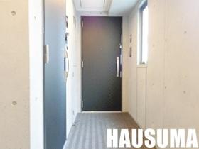 内廊下でセキュリティも安心。