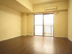 http://image.rentersnet.jp/eda0c727-e41b-4531-b871-7429e418cebb_property_picture_962_large.jpg_cap_居室