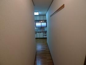 エル・アイ・レジデンス 201号室