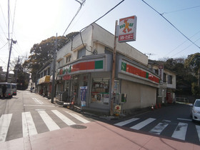 ファミリーマート横浜常盤台店