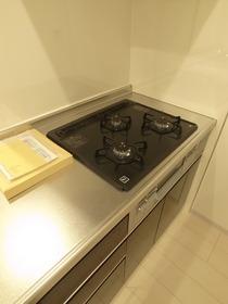 3口システムキッチン