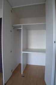 メゾン・ヴェール�V 102号室