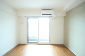 SUN RESIDENCE 305号室