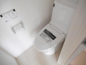 トイレも広くゆったりとしています!