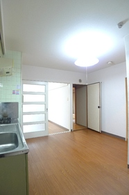 メゾンエスポワール 302号室