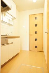 http://image.rentersnet.jp/f6b65007-4a9f-4a7d-9f7c-f2b8b3199b0f_property_picture_962_large.jpg_cap_キッチンスペースです