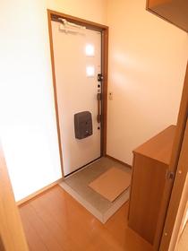 玄関はいって居室が見えないタイプ!