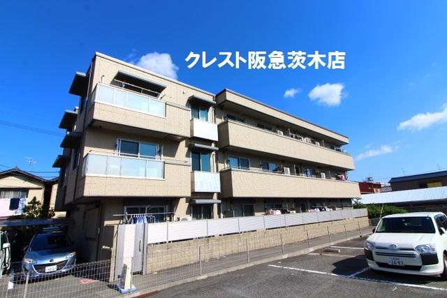 大阪府茨木市本町の賃貸アパートの外観