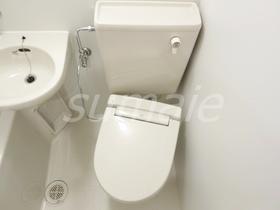 3点ユニットのウォシュレット付トイレです♪