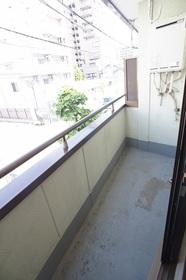 メゾンカルム 203号室