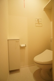 レヴールカゲツ 205号室