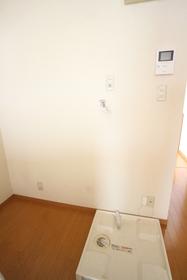 ハウスマロン 101号室
