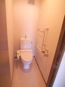 トイレもキレイに清掃済み!