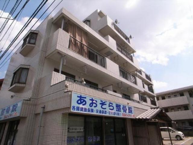 しっかりとしたマンションタイプの建物☆