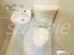 3点ユニットバスのトイレです☆