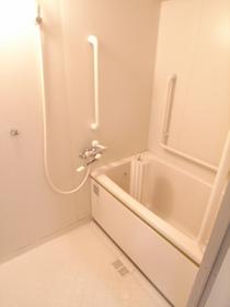 浴室は便利な追炊き機能付きです!