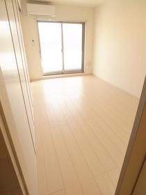 白を基調とした室内☆
