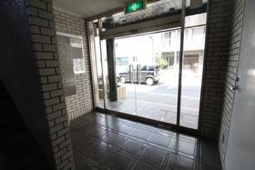 西八王子駅 徒歩20分エントランス