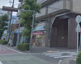 ローソンストア100横浜峰岡店