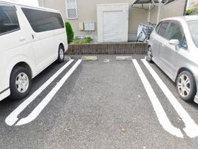 ル ビアン セジュール駐車場