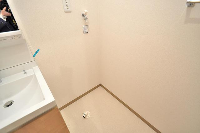 フジパレス高井田西Ⅰ番館 洗濯機置場が室内にあると本当に助かりますよね。