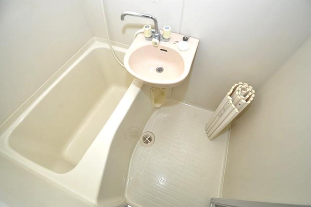 ラフォーレ菱屋西 ちょうどいいサイズのお風呂です。お掃除も楽にできますよ。