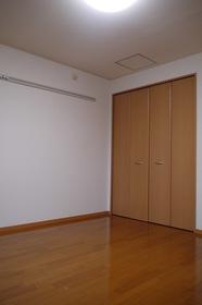 https://image.rentersnet.jp/01661afc-e2fa-4e8a-88f2-0a3588fdb491_property_picture_2419_large.jpg_cap_居室