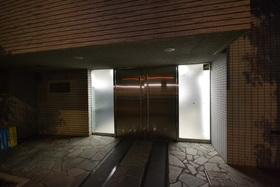 芝浦ふ頭駅 徒歩7分エントランス